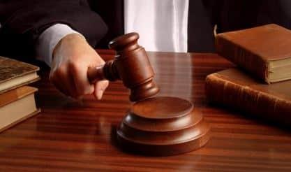 Docente licenziato e poi reintegrato dal giudice