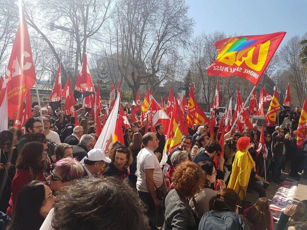 grande manifestazione per lo sciopero del 17