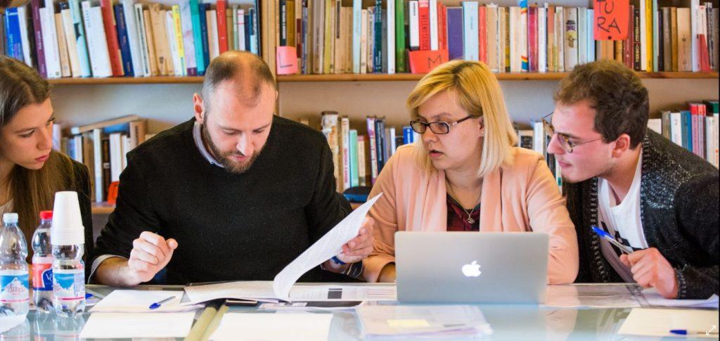 Commissari esterni esame di stato 2018 informazionescuola for Commissario esterno esami di stato rinuncia